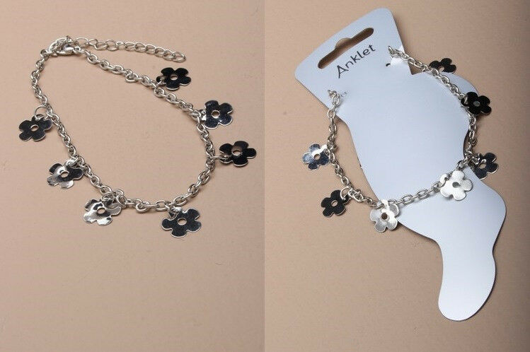 Silver coloured anklet chain with trailing daisy charms. - JTY115