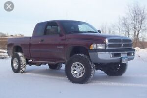 Looking for 2001 or older Dodge Ram 1500 (burgundy/Maroon) only