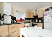 Don't Miss Out !!! Amazing Studio Flat In Kingston A Short Walk To The Town Centre And Station!!!