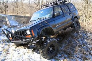 "Rough Country 4.5"" Lift kit Jeep Cherokee XJ $620.00 London Ontario image 2"