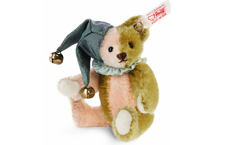 Top Features of a Steiff Collectible Bear