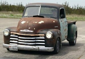 1951 chevrolet pickup ,sitting on 2004 gmc serria chassic