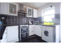 2 SINGLE ROOMS FOR RENT IN EAST HAM 1 MINUTE AWAY FROM THE STATION £ 90/week