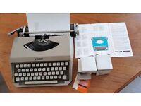 Portable Vintage typwriter