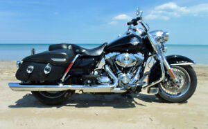 2009 ROAD KING CLASSIC  , 1 OWNER Low K