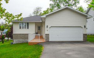 Great Ranch Bungalow Home Minutes Walk To Downtown Huntsville!