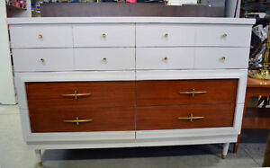 Commode rétro, mid-century