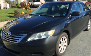2007 Toyota Camry Hybrid w/ leather, moonroof, & heated seats