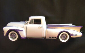 Danbury Mint 1950 Limited Edition Chevrolet Dream Truck - 1:24 s