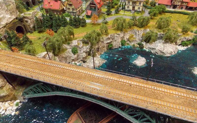 Rathaus, Kirche, Apotheke - welche Gebäude dürfen in keiner Modellbau-Stadt fehlen?