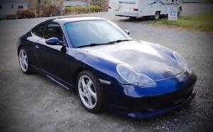 2001 Porsche 911 CS4 Coupe (2 door)