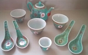 Rare Vintage Famille Rose Turquoise Teapot, Cups & Spoons