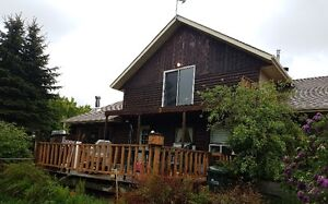 3 Acres with 3 bedroom Home - Near North Cooking Lake