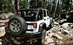 2015 Jeep wrangler Sahara limited edition