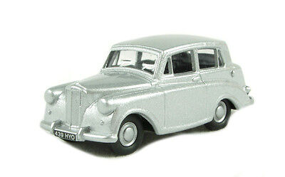 Triumph Mayflower Silver Oxford Die-cast OO  76TM002 Automobile UK