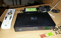DirecTV H25-500 HD receiver. Like new, with remote and cords.