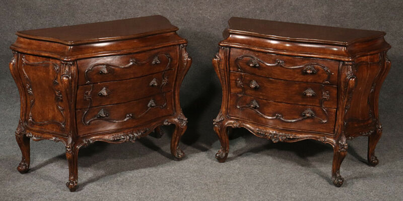 Beautiful Pair Carved Walnut French Rococo Bombe Nightstands Tables C1940s