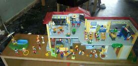 Playmobil 4324 Furnished School Building