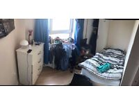CHEAP SINGLE ROOM IN BROMLEY BY BOW AVAILABLE NOW!