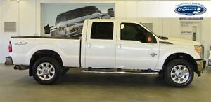 2014 Ford F-350 LARIAT (Bluetooth  Moonroof  Heated Seats)
