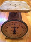 Vintage Kitchen Scale