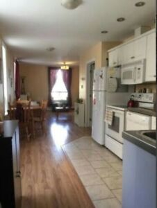 3 bedroom summer sublet with option to renew in september