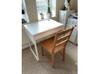 White IKEA desk - Great condition