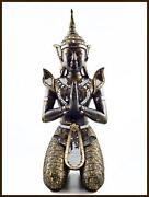 Buddha Riesig