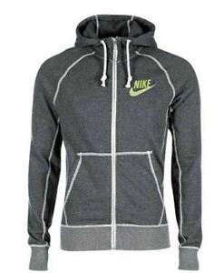 b9ba79298e Nike Sweatshirt  Men s Clothing