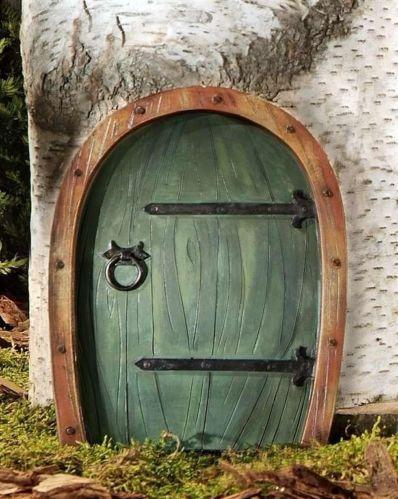 Tree gnome door ebay for Gnome doors for trees