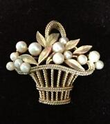 Trifari Pearl Pin