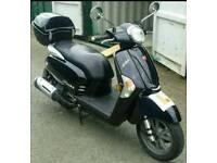Scooter 125cc rev n go FULL MOT