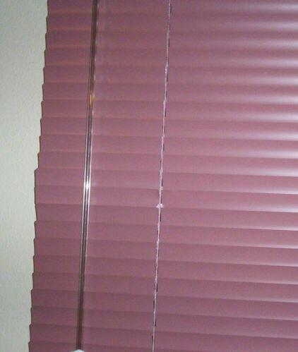 how to clean metal mini blinds