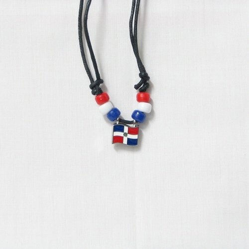DOMINICAN REPUBLIC  COUNTRY FLAG SMALL METAL NECKLACE CHOKER .. NEW