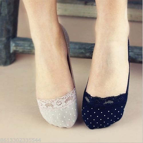 2 Pairs Women Fashion Lace Antiskid Invisible Liner No Show Peds Low Cut Socks S