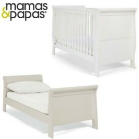 Mamas & Papas Mia Cot bed, baby change & mattress