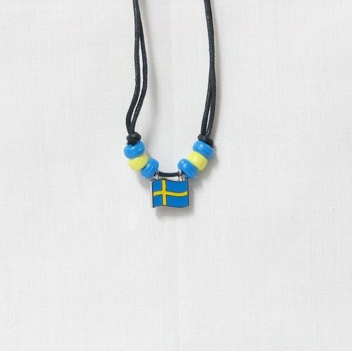 SWEDEN  COUNTRY FLAG SMALL METAL NECKLACE CHOKER .. NEW