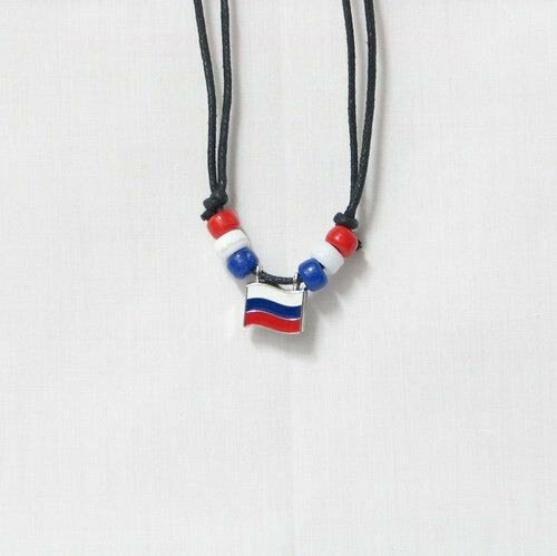 RUSSIA  COUNTRY FLAG SMALL METAL NECKLACE CHOKER .. NEW