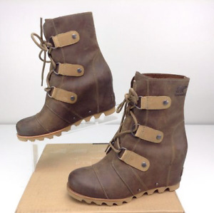 SOREL JOAN OF ARCTIC ™ WEDGE MID