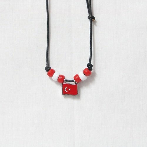 TURKEY COUNTRY FLAG SMALL METAL NECKLACE CHOKER .. NEW