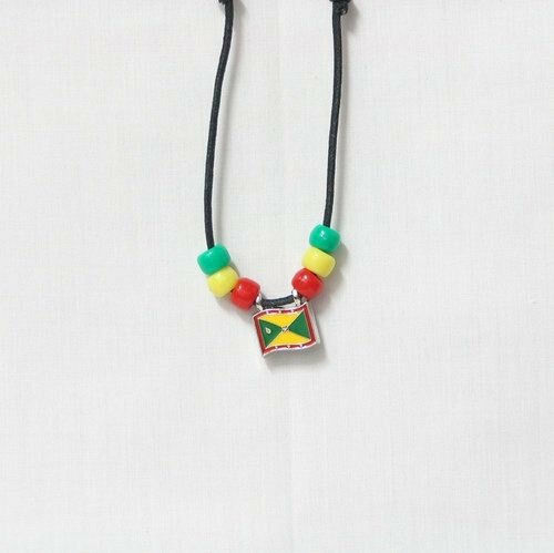 GRENADA  COUNTRY FLAG SMALL METAL NECKLACE CHOKER .. NEW