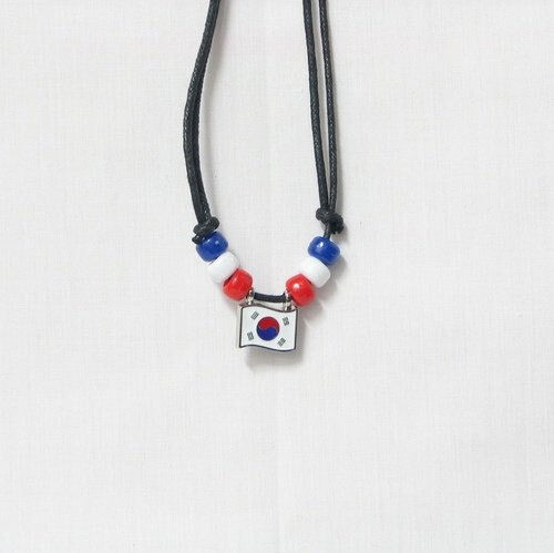 KOREA SOUTH COUNTRY FLAG SMALL METAL NECKLACE CHOKER .. NEW