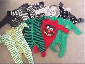 Baby boy clothes (up to 1 month)