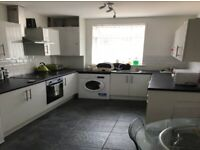Doncaster - Ready Made Income Producing 5 Bed, 5 Ensuite HMO - Click for more info
