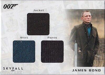 JAMES BOND AUTOGRAPHS & RELICS STC6 DANIEL CRAIG SKYFALL TRIPLE COSTUME 194/200 - Skyfall Costumes