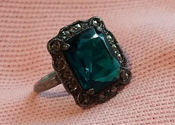 Vintage Antique Art Deco Silver Rhodium Emerald Cut Crystal Marcasite Ring S 5.5