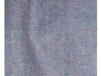 Size 16 Womans's Wool Suit. Lilac. Perfect condition