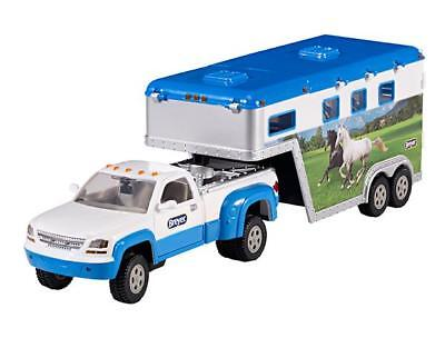 Breyer Stablemates Pickup Truck and Trailer