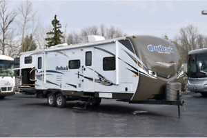 2013 Keystone Outback 312BH Excellent Condition
