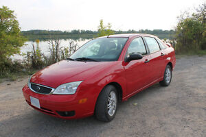 SAFETY CERTIFIED - 2005 Ford Focus SE ZX4 Adrenalin w/ Subwoofer
